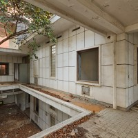 Abandoned villas in Phnom Penh